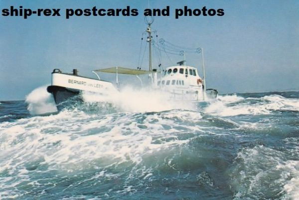 BERNARD VAN LEER (Dutch lifeboat) postcard